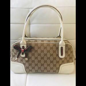 🌈SOLD Authentic Gucci Princy Shoulder Handbag 💖
